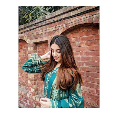 alizeh shah new pic