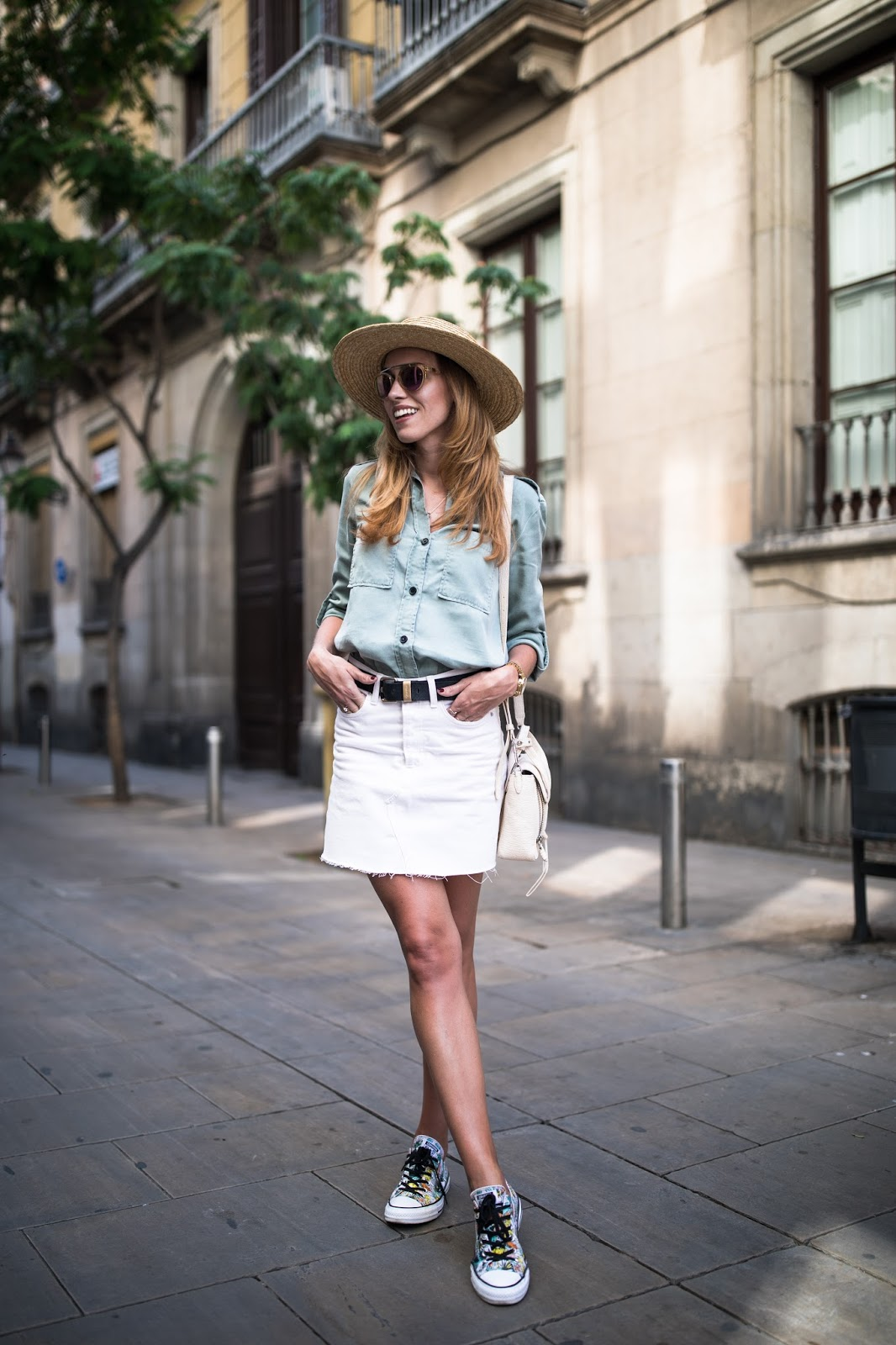 straw hat denim skirt outfit
