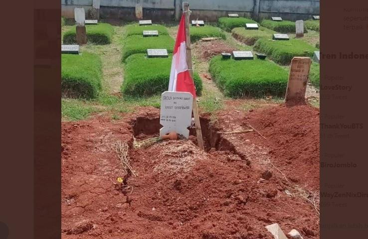 Merinding! Penjaga Kubur Ini Ceritakan Sejumlah 'Kejadian Aneh' Makam Budi Djarot Pembakar Poster HRS