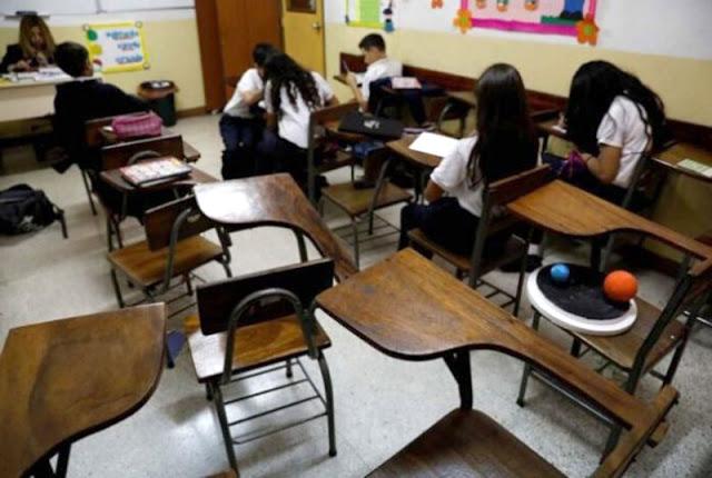 AMENAZAN CON NO VOLVER A LAS AULAS: EDUCADORES DE LARA DENUNCIARON RETRASO EN EL PAGO DE NÓMINAS
