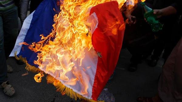 Y a-t-il quelqu'un pour sauver la France ?