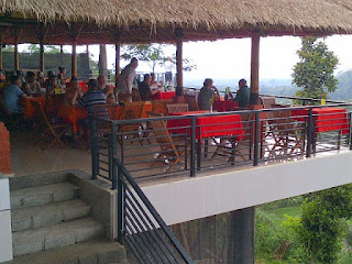 Enjoy Lunch In Labhagga Pacung Restaurant, Baturiti Tabanan