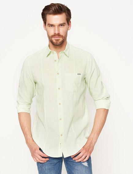 açık yeşil gömlek kombini