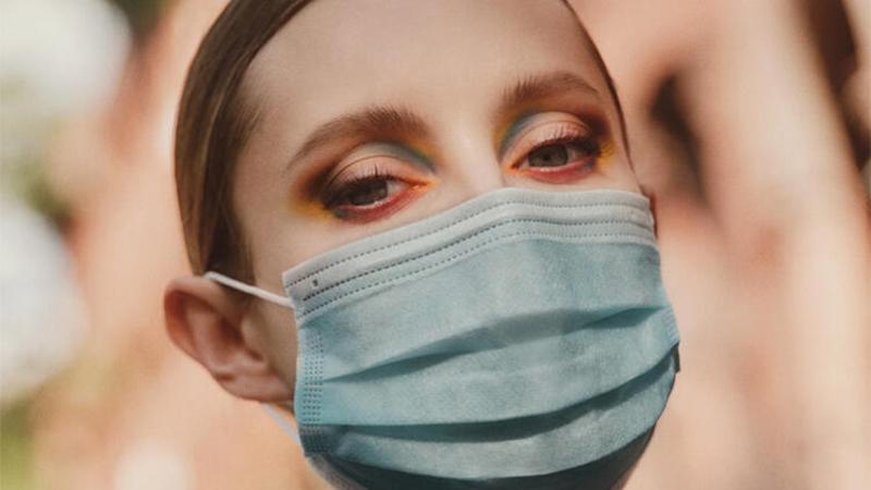 Maskeli yüze doğru makyaj nasıl yapılır?
