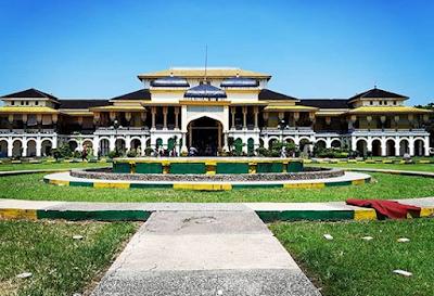 Peninggalan Sejarah Medan Istana Maimun