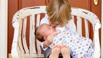 Renungan Kristen : Ajaran Seorang Ibu Kepada Raja Lemuel
