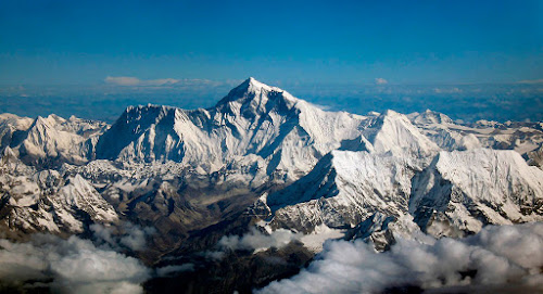 Monte Everest - Montanha nais alta do mundo