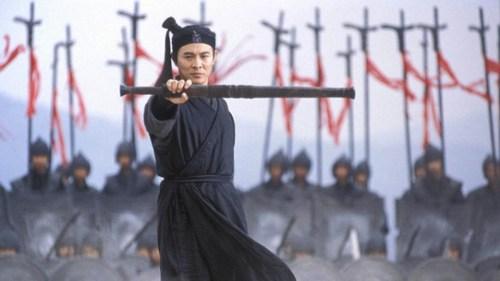 Cena do filme Herói, com Jet Li, que aparentemente se passa no período em que teria vivido