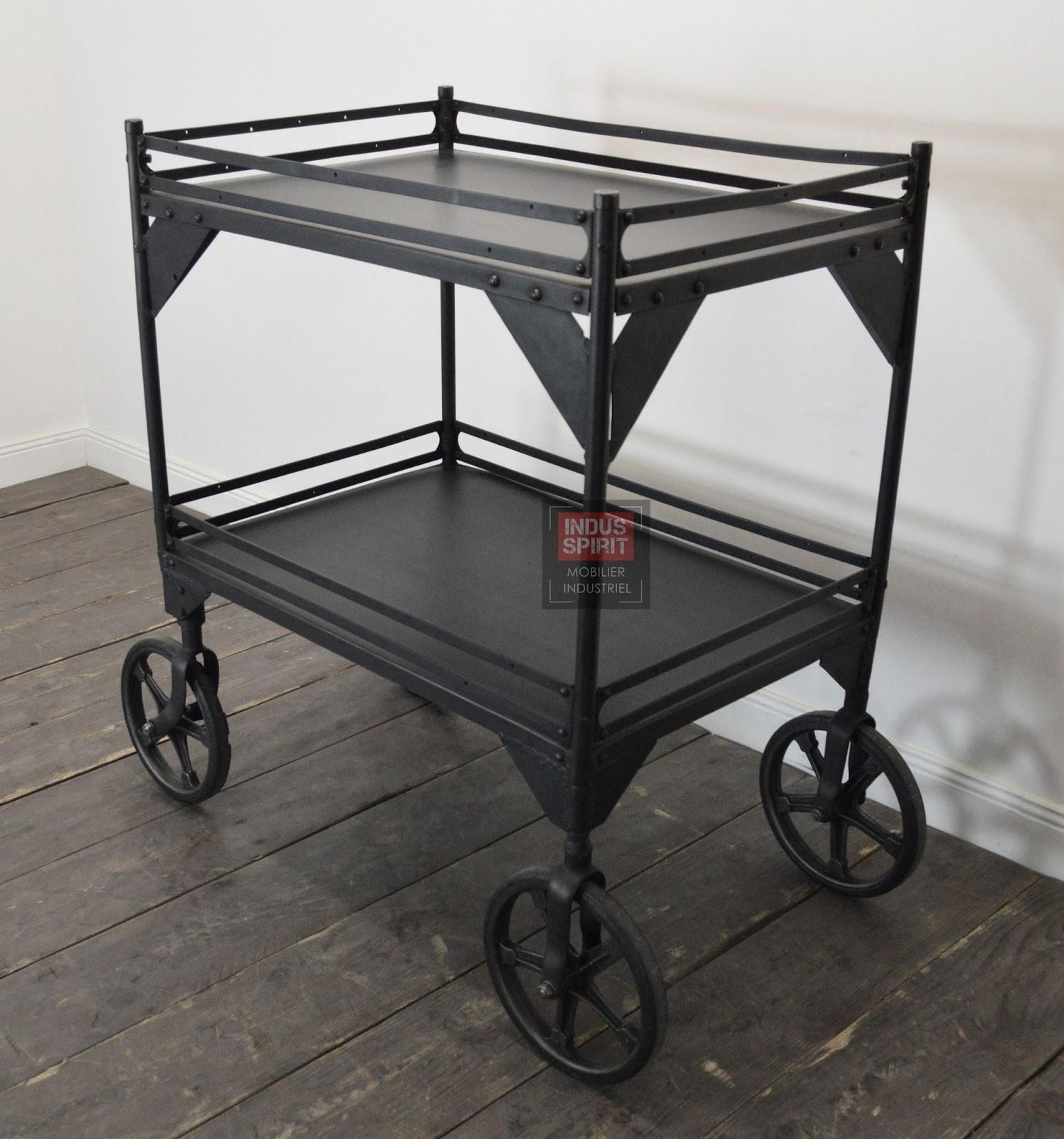 ancienne desserte roulette. Black Bedroom Furniture Sets. Home Design Ideas