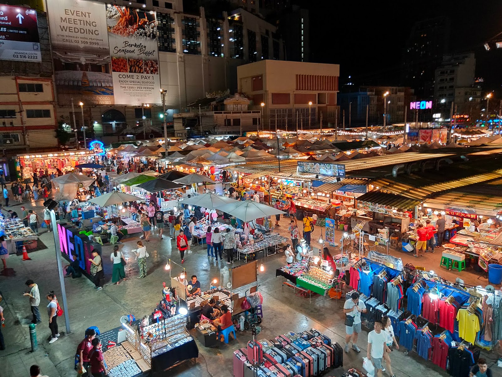 Neon-Night-Market.jpg