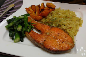 Recipe of Ultimate Dried Scallop Pasta With Baked Salmon Steak And Baked Sweet Potato In Coconut Oil