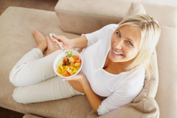Mangiare sano dopo i 40 anni: consigli per uomini e donne