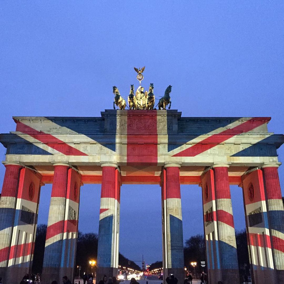 The Brandenburg Gate lit up with the Union Jack after the attack on Westminster, 22 March 2017 - by @theladyofstyle on Instagram