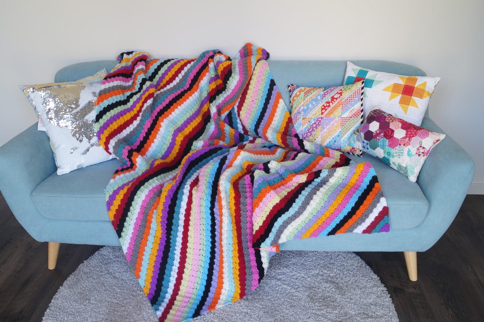 CROCHET: Rainbow Corner to Corner Blanket - Samelia\'s Mum