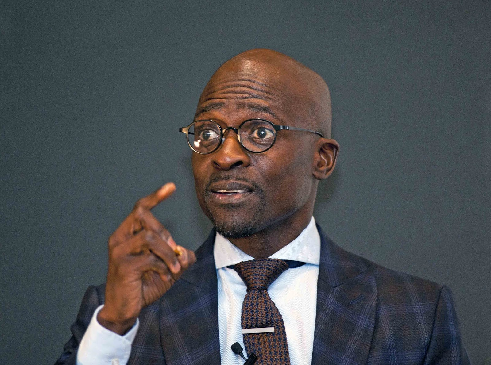 Watch New Leaked Sex Tape Of Malusi Gigaba Leaves SA In Awe