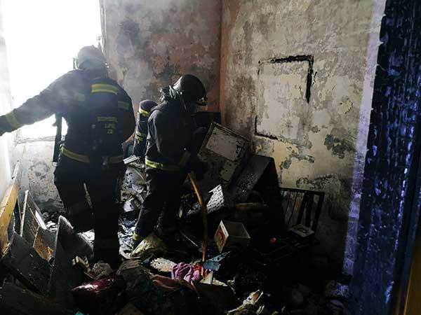 Incendio por una vela en vivienda de Las Palmas de Gran Canaria