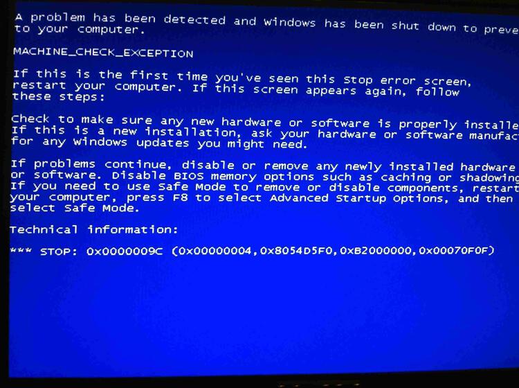 mengatasi laptop layar biru