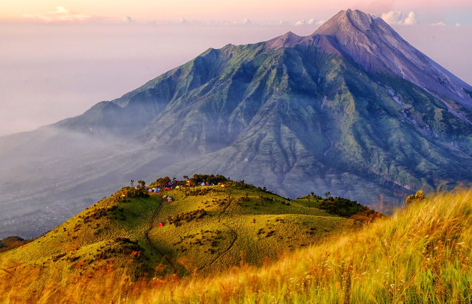 foto pemandangan gunung Merbabu