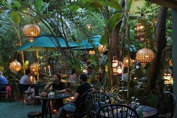 8 Meilleurs Restaurants de Marrakech, Cuisine Marocaine Chic et Savoureuse
