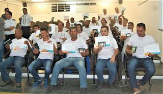 Parceria entre Repsol, Marinha e Prefeitura da Ilha formou novos 21 pescadores profissionais