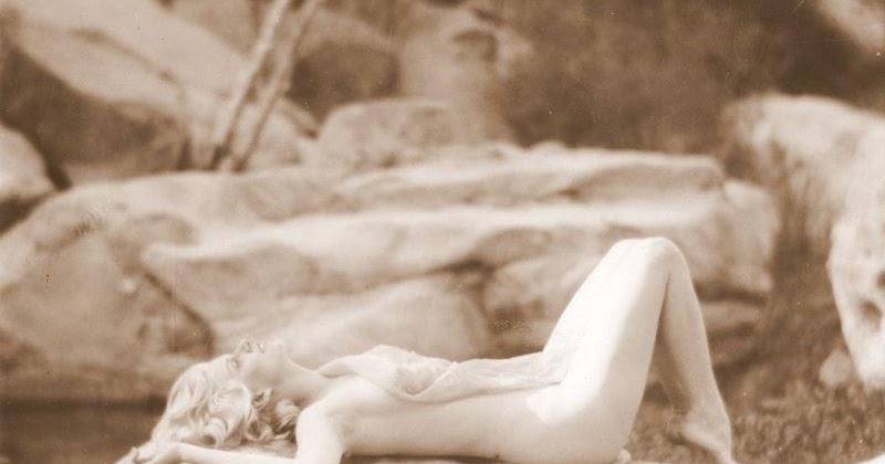 The Original Blonde Bombshell: 41 Stunning Photos of Jean Harlow Taken by Edwin Bower Hesser, 1929