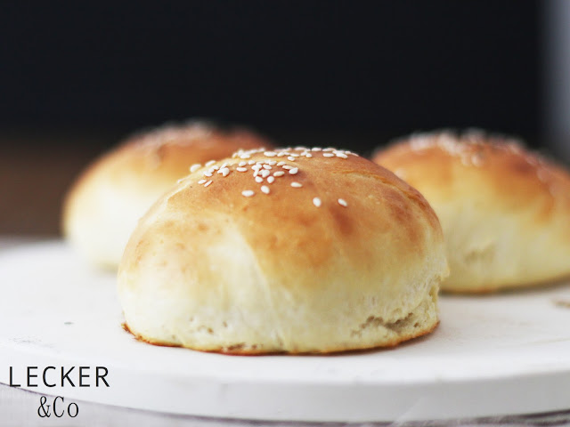 ,Foodblogger, lecker, Blog, Foodblog, Yummy, selbstgemacht, homemade, Blogger, Tina, Burger, Bun, Burger Bun, Brioche, Brioche Bun, Brioche Burger Bun, Burger Brötchen, Brötchen, Burger Unser,