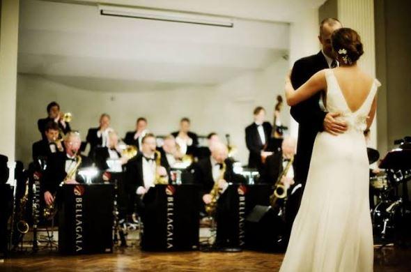 Terjadi Baku Hantam Antara Dua Keluarga Pengantin Akibat Tidak Ada Iringan Musik Saat di Acara Resepsi