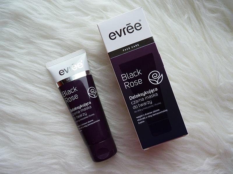 Evree Black Rose, Detoksykująca czarna maska do twarzy