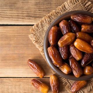 Hidangan Untuk Berbuka Puasa Yang Cocok Untuk Dikonsumsi Menurut Kaum Rebahan ID