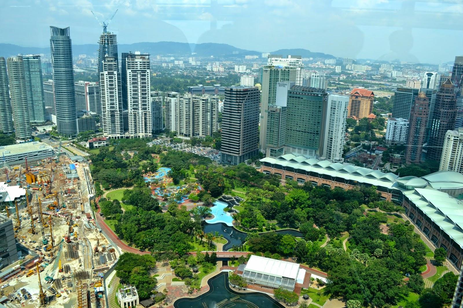 Vista del KLCC desde las Petronas