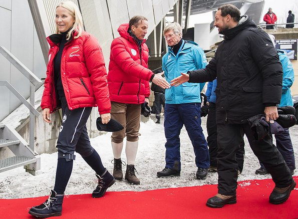 Queen Sonja, Crown Prince Haakon, Crown Princess Mette Marit, Prince Sverre Magnus and Princess Ingrid Alexandra