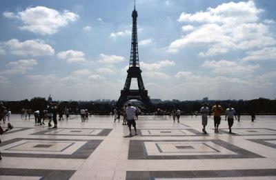 Foto Rama - Matéria Torre Eiffel - BLOG LUGARES DE MEMÓRIA