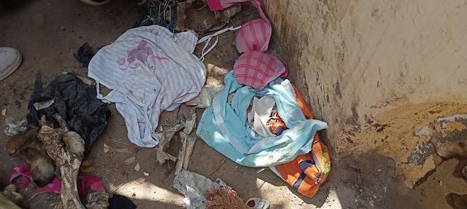 ملابس داخلية للسيدات جرى العثور عليها ومدون عليها طلاسم