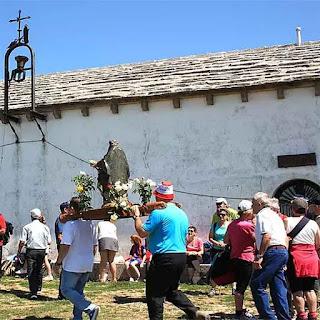 301 Ruta Senderismo  La Ermita la Trinidad de Iturgoyen  Parque Natural Urbasa Andía   www.casaruralurbasa.com