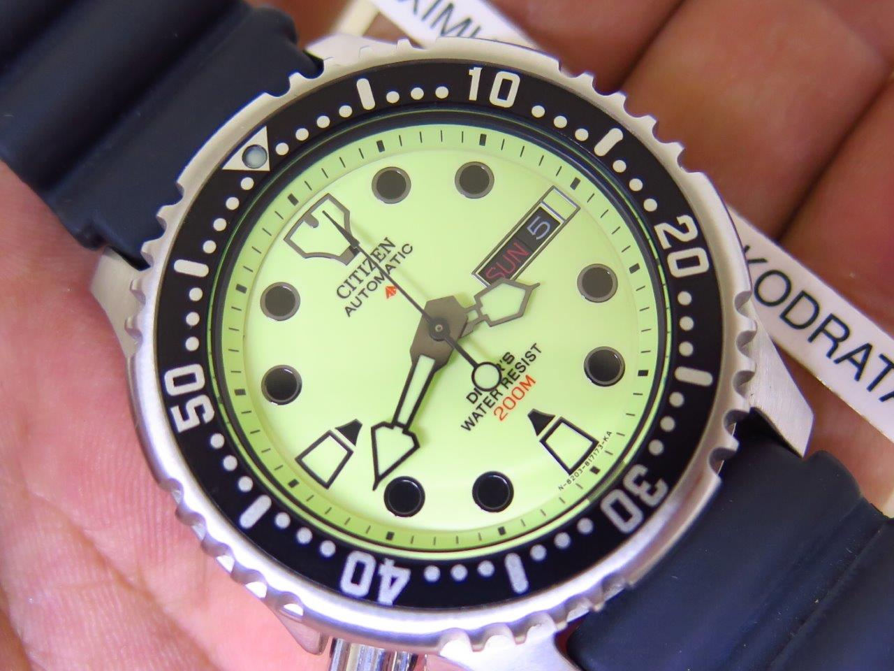 CITIZEN DIVER 200M PROMASTER LUMINOUS DIAL LEFTY CROWN - AUTOMATIC