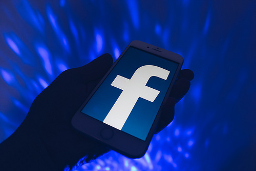 Facebook threatens the economy, former friends of social media giant become its harshest critics