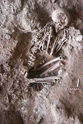 Le ossa secche della grotta Raqefet.