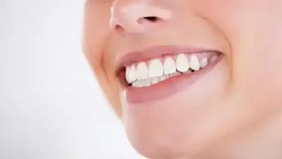 رؤية الاسنان البيضاء في المنام