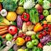 Veja quais alimentos devem estar presentes em seu cardápio alimentar na TPM e quais evitar