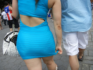 Mujeres nalgonas calle vestidos ajustados atrevidos