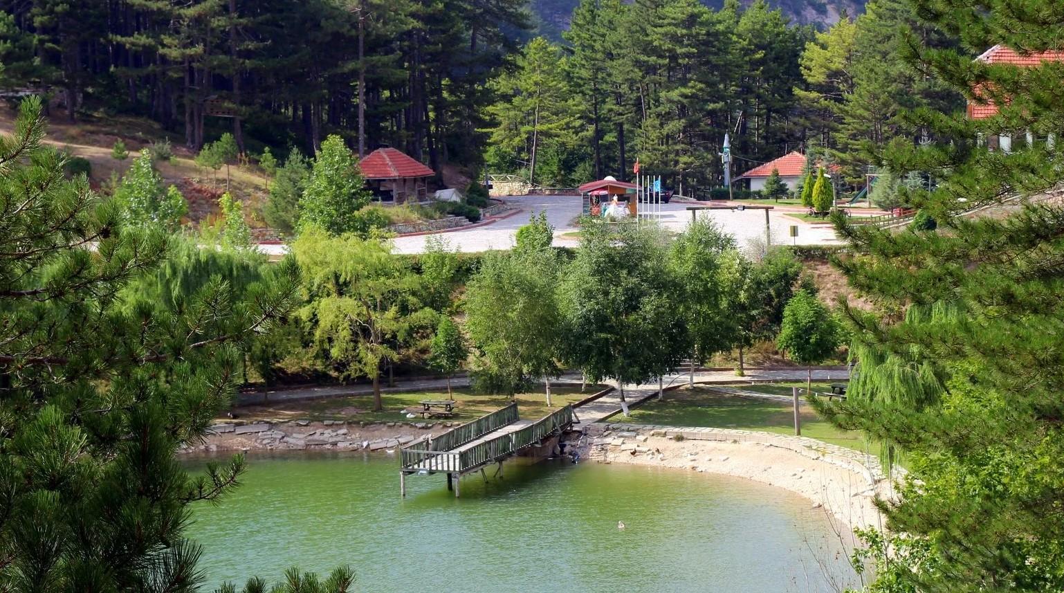 bolu'da gezilecek yerler sünnet gölü tabiat parkı