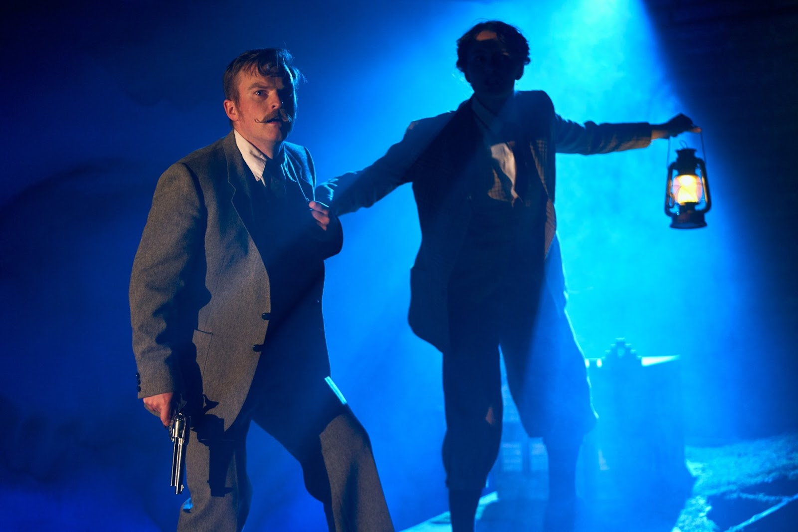 Theatre with Teens : The Hound of the Baskervilles Parent's Review