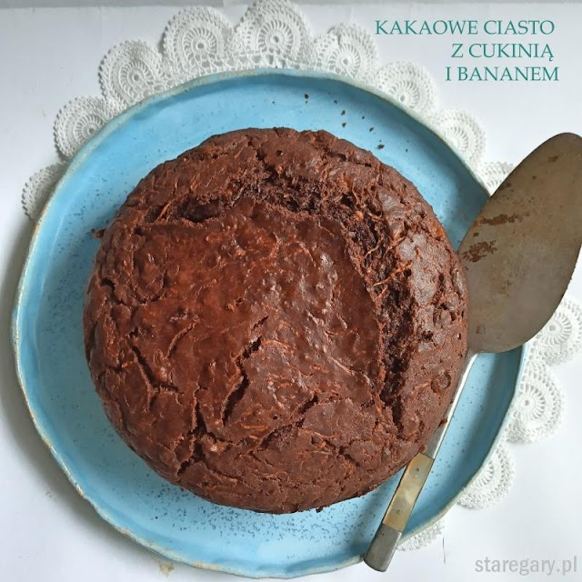 Kakaowe ciasto z cukinią i bananem
