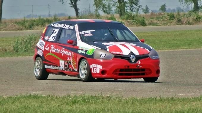 Adrián Castagnani llega a la tercera fecha como puntero del campeonato de Turismo Agrupado 1600 y no se quiere bajar