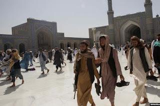 Kể từ khi Taliban lên nắm quyền, số lượng người cầu nguyện trong các nhà thờ Hồi giáo ngày càng nhiều