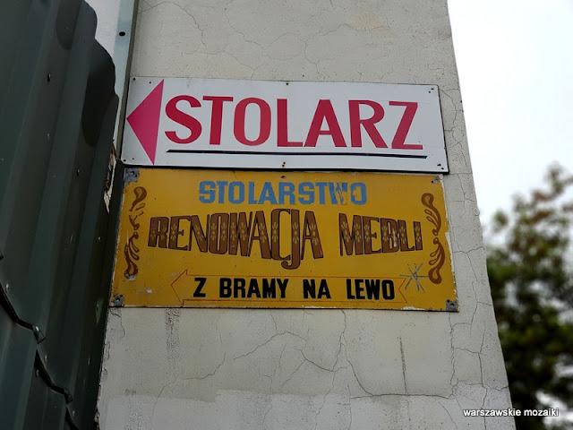warszawskie szyldy retro retroszyld tabliczka Praga Północ praskie klimaty stolarz meble