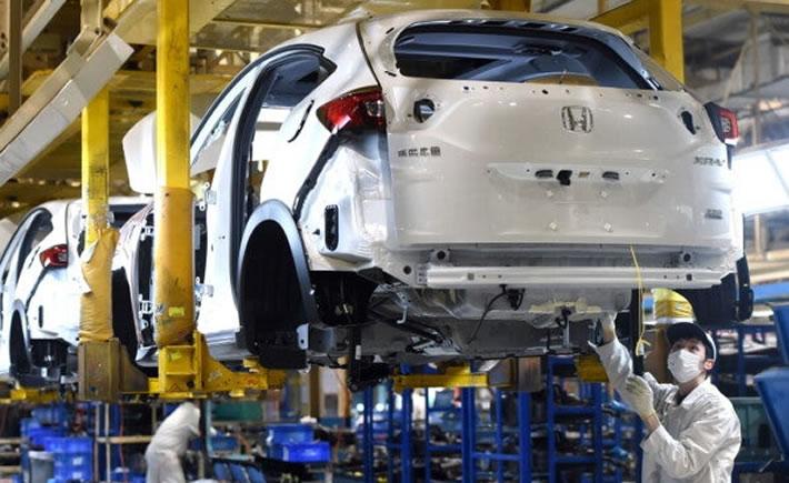 En Estados Unidos el 65% de las plantas de automotriz están cerradas, en Europa el 90% y en Asia el 80% han reabierto. (Foto: EFE)
