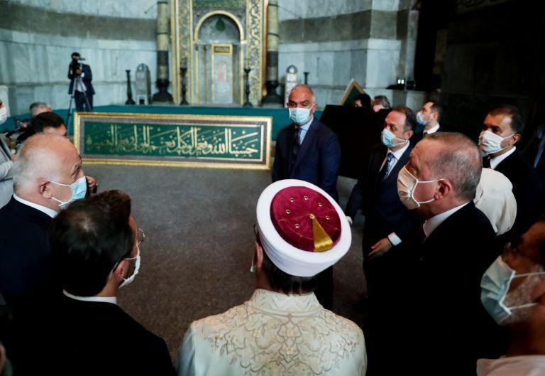 Ο Ερντογάν εμφανίστηκε για προσευχή στην Αγία Σοφία