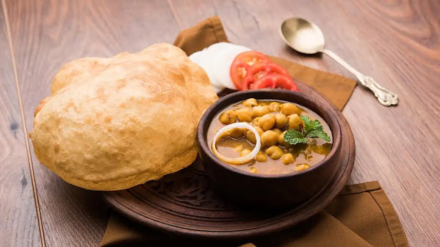 How to make delicious chole bhature street style