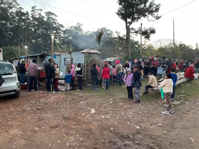 Ação social distribuiu quase 500 marmitas para pessoas carentes em Cachoeirinha